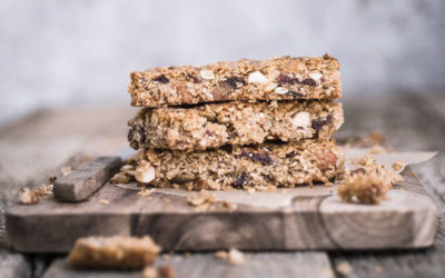 Irish Wildflax' Granola Bars by Clare Wilkinson